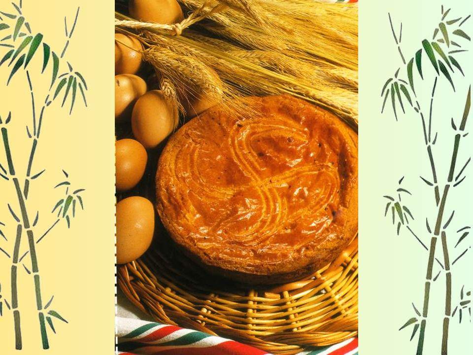 - y placer la première abaisse : napper de marmelade de pruneaux dénoyautés, de confiture de cerise, de crème damandes ou de crème fraîche selon son c