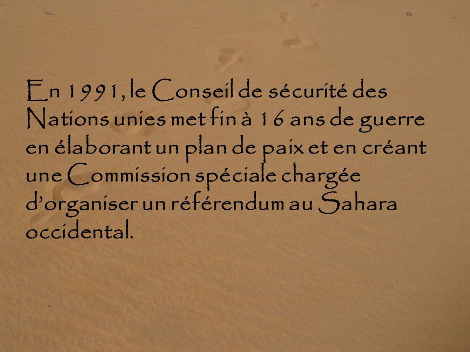 1976 : Les Marocains prennent le contrôle du territoire Affrontements armés entre le Front de libération sahraoui et les troupes du roi du Maroc. La p