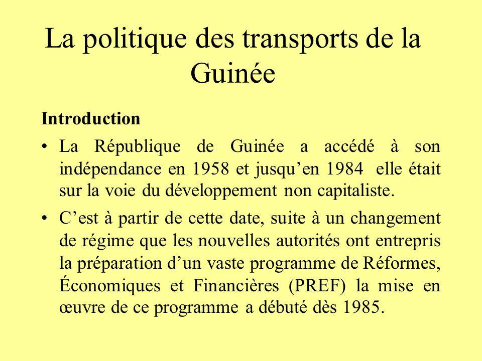 2.Lajustement structurel et LA libéralisation du secteur Le programme dajustement structurel et de libéralisation du secteur des transports que sest fixé la Guinée à lavènement de la seconde république a ses fondements dans les nouvelles orientations de politique économique du régime a atteint une grande partie de ses objectifs.