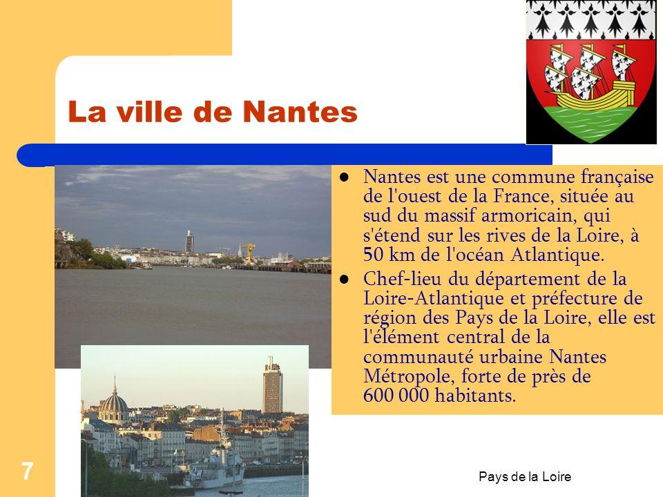 Pays de la Loire 6 Fiche de travail no:1 I. Trouve le mot qui manque ! A) « La région du Pays de la Loire est composée de :… (1) départements : …(2),