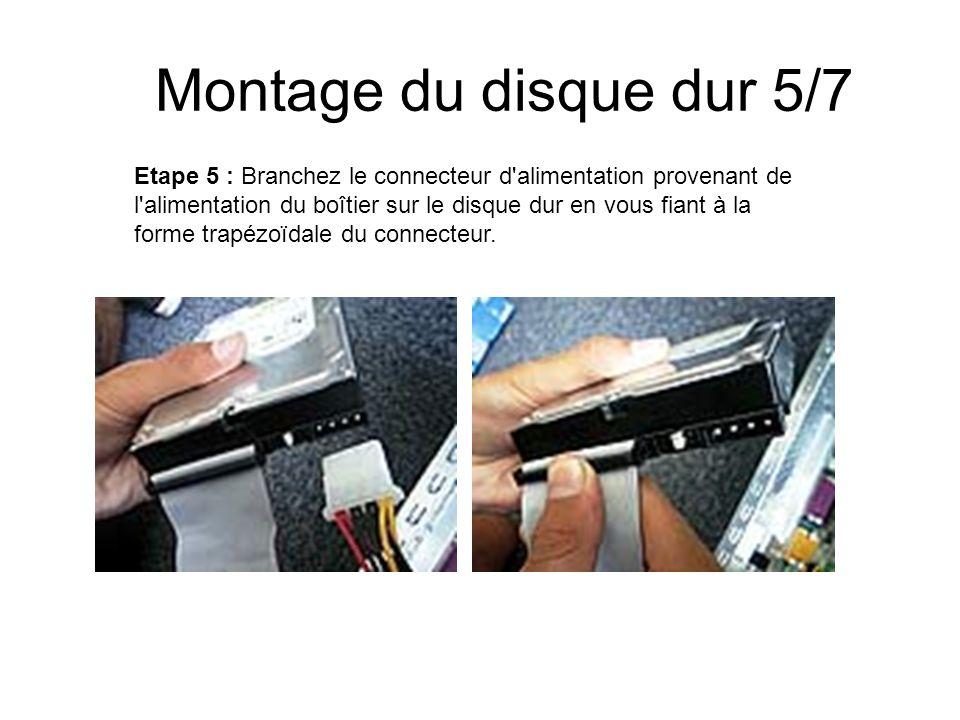 Montage du disque dur 5/7 Etape 5 : Branchez le connecteur d'alimentation provenant de l'alimentation du boîtier sur le disque dur en vous fiant à la