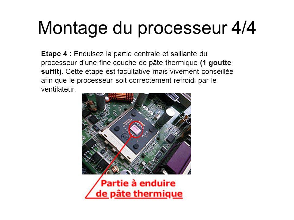 Montage du processeur 4/4 Etape 4 : Enduisez la partie centrale et saillante du processeur d'une fine couche de pâte thermique (1 goutte suffit). Cett