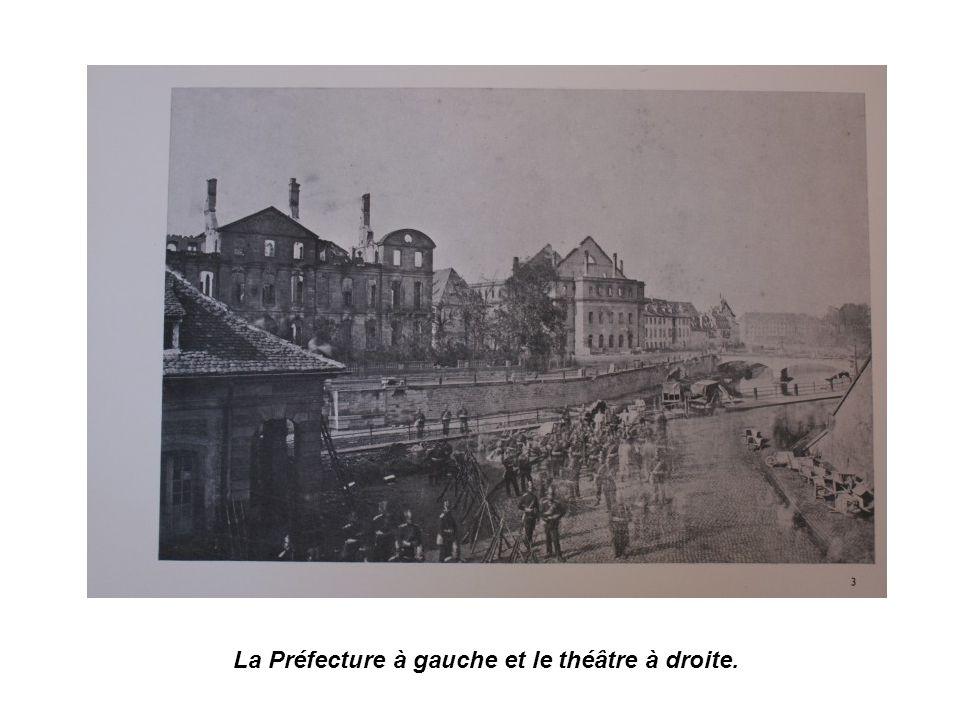 Le théâtre en ruines