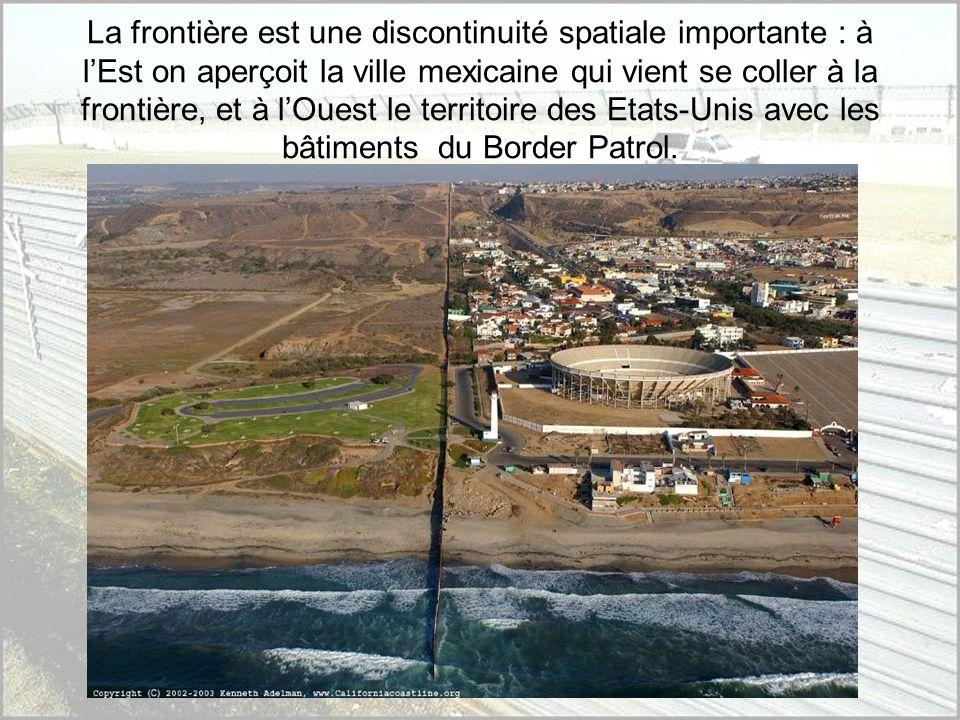 La zone frontalière se situe dans lextrême sud-ouest des Etats- Unis en Californie. LImpérial Valley constitue lune des zones anciennement irriguées d