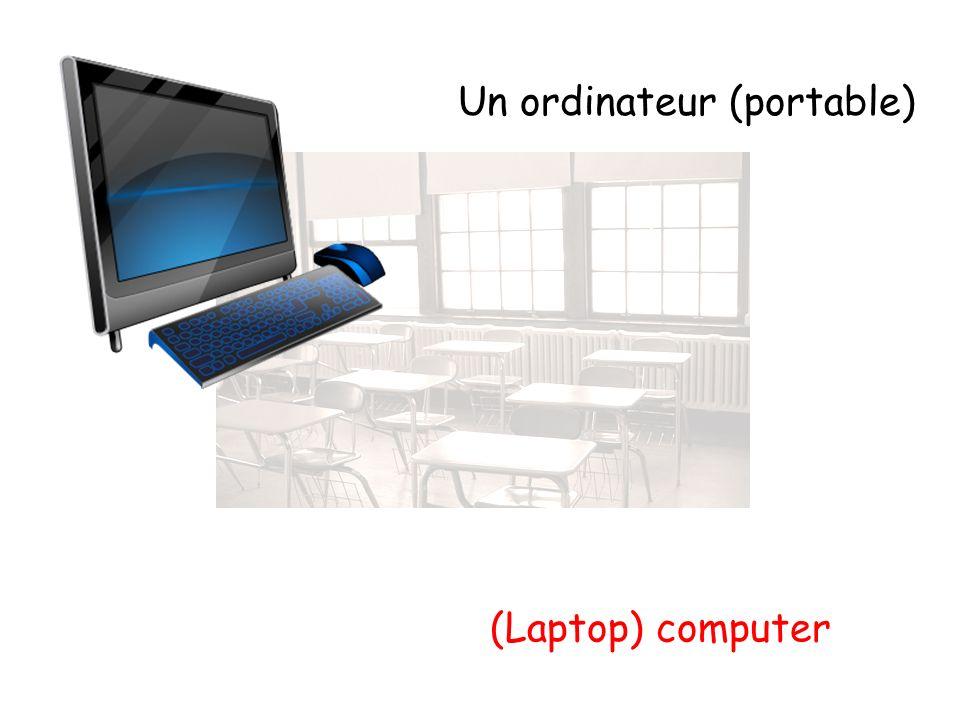 Un ordinateur (portable) (Laptop) computer