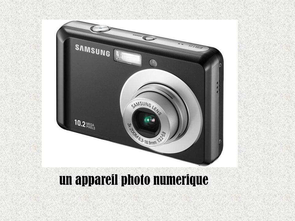 un appareil photo numerique