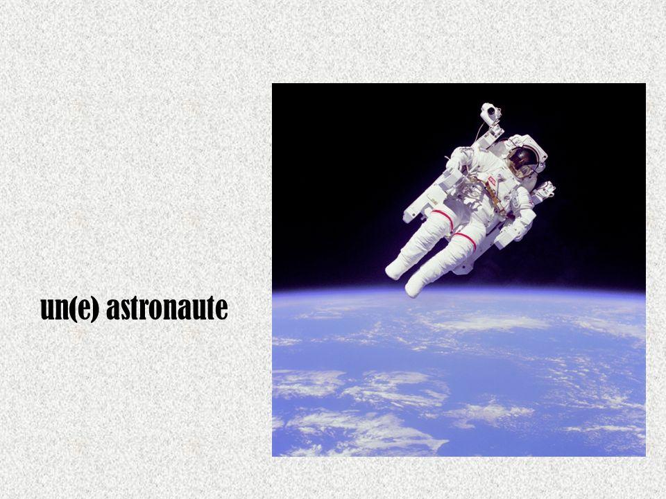 un(e) astronaute