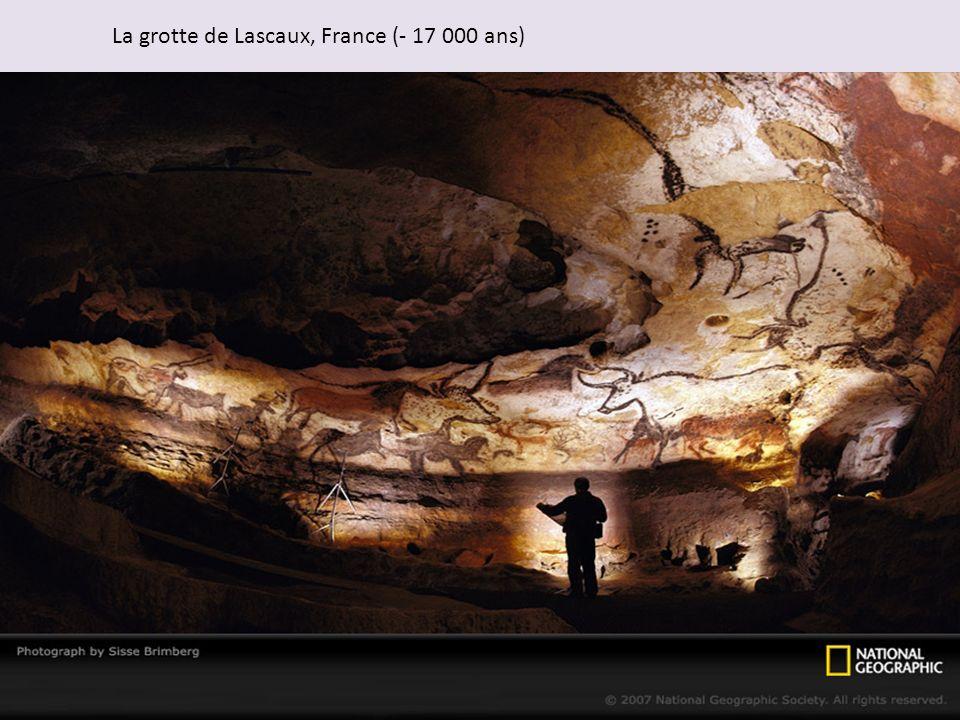 La grotte de Lascaux, France (- 17 000 ans)