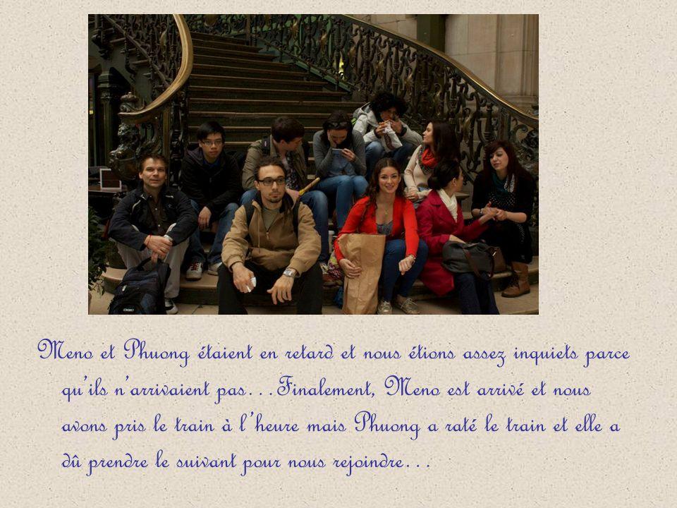 Nous nous sommes retrouvés ce jour-là à lextérieur du restaurant « Le train Bleu », dans la gare de Lyon, à 9 heures.