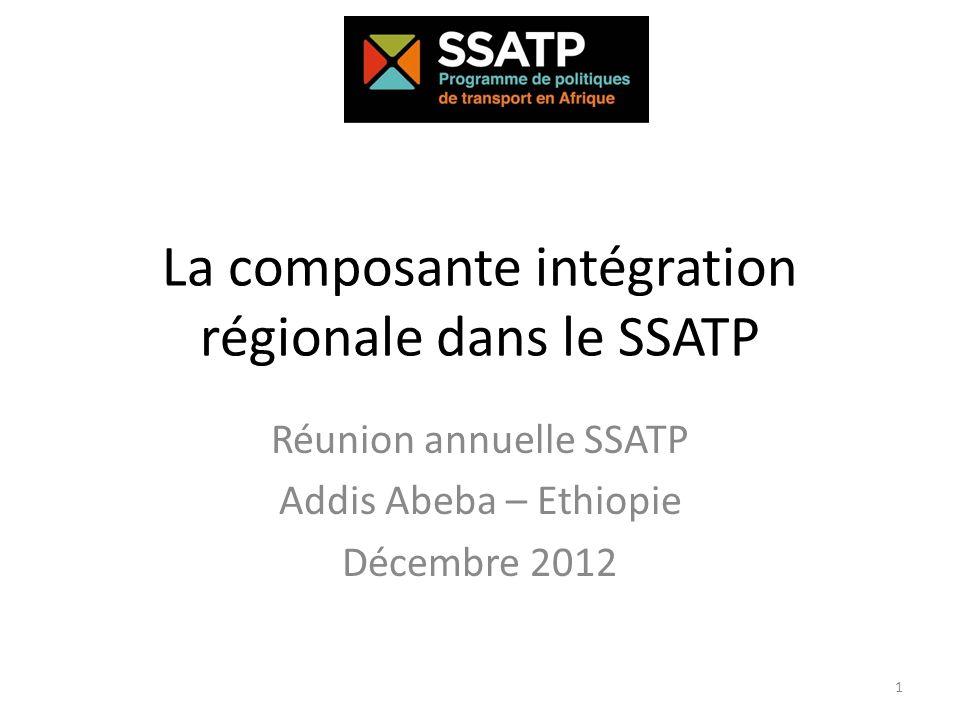Les thèmes de lIntégration régionale dans le SSATP Le SSATP soutient les CERs et les pays pour le renforcement des institutions qui définissent les politiques pour lintégration régionale au travers de deux instruments principaux: Un cadre institutionnel favorisant un dialogue inclusif des parties prenantes (les autorités de gestion des corridors) Des outils de suivi (les observatoires des transports) Mis en œuvre à deux échelons: Au plan régional, un forum pour la communauté de la facilitation assure la cohérence des programmes de facilitation des échanges entre corridors et CERs Au plan des corridors, le SSATP peut accompagner les pays et les CER dans lapplication des politiques de facilitation 2