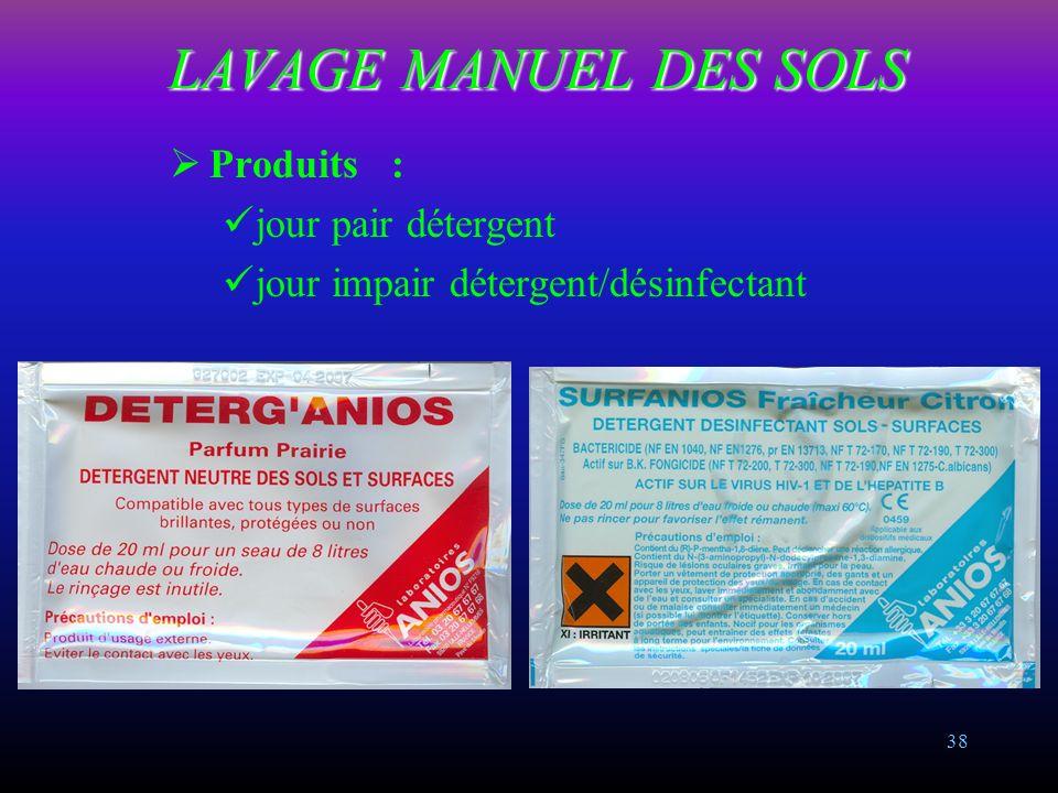 37 LAVAGE MANUEL DES SOLS MATERIEL : Balai rasant de lavage à plat avec manche aluminium et support de frange articulé Frange coton Chariot de lavage