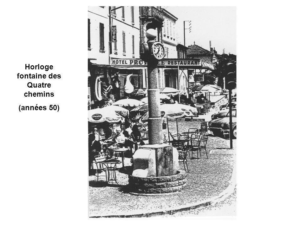 Horloge fontaine des Quatre chemins (années 50)