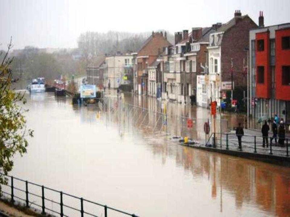 Hal, débordement du canal Bruxelles-Charleroi.