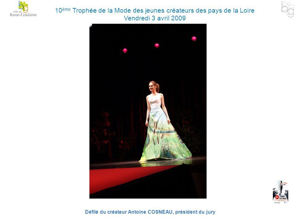 Défilé du créateur Antoine COSNEAU, président du jury 10 ème Trophée de la Mode des jeunes créateurs des pays de la Loire Vendredi 3 avril 2009