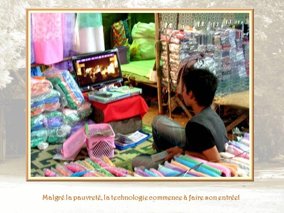 Un autre marché pour les produits usuels de la vie courante.