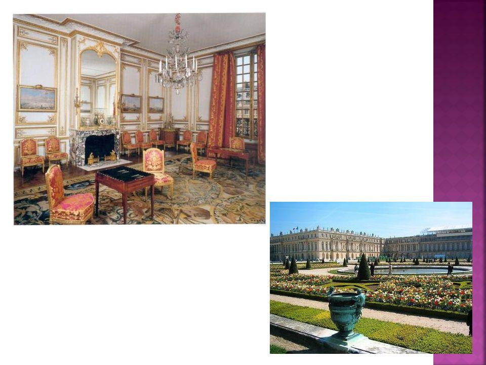 Fauteil vers 1780 Dans la décoration intérieure, les lignes courbes disparaissent au profit des lignes droites (style Louis XVI) et du décor à l antique.