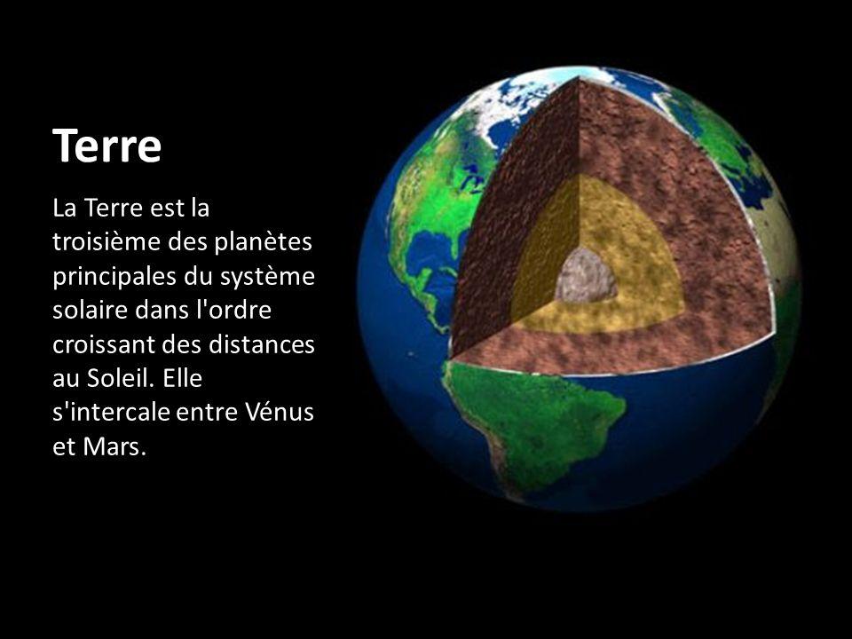Terre La Terre est la troisième des planètes principales du système solaire dans l'ordre croissant des distances au Soleil. Elle s'intercale entre Vén