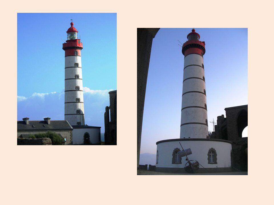 Parlons maintenant du phare de St.Mathieu.
