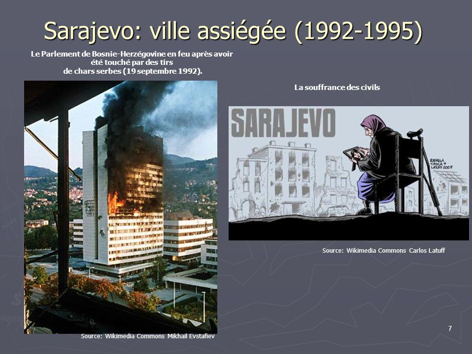 Sarajevo: ville assiégée (1992-1995) 7 Le Parlement de Bosnie-Herzégovine en feu après avoir été touché par des tirs de chars serbes (19 septembre 199