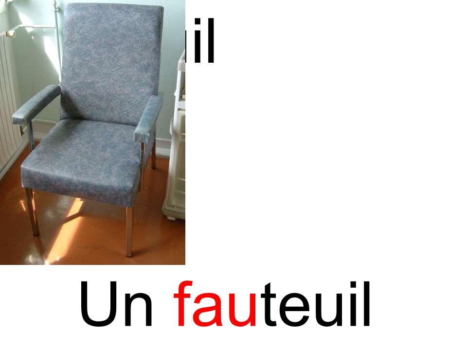 fauteuil Un fauteuil