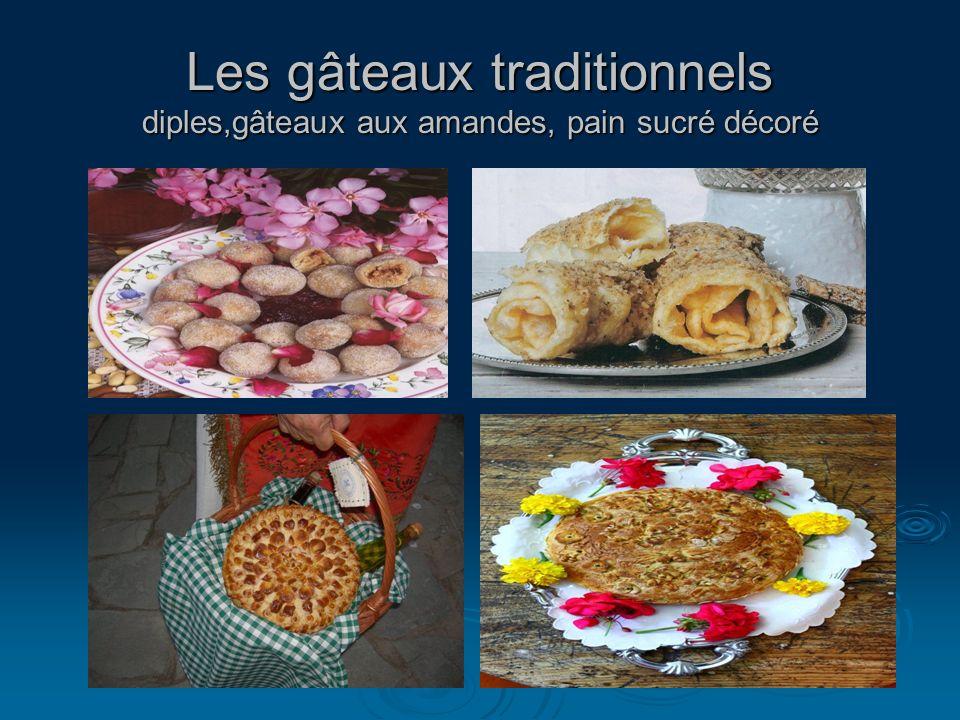 Les gâteaux traditionnels diples,gâteaux aux amandes, pain sucré décoré
