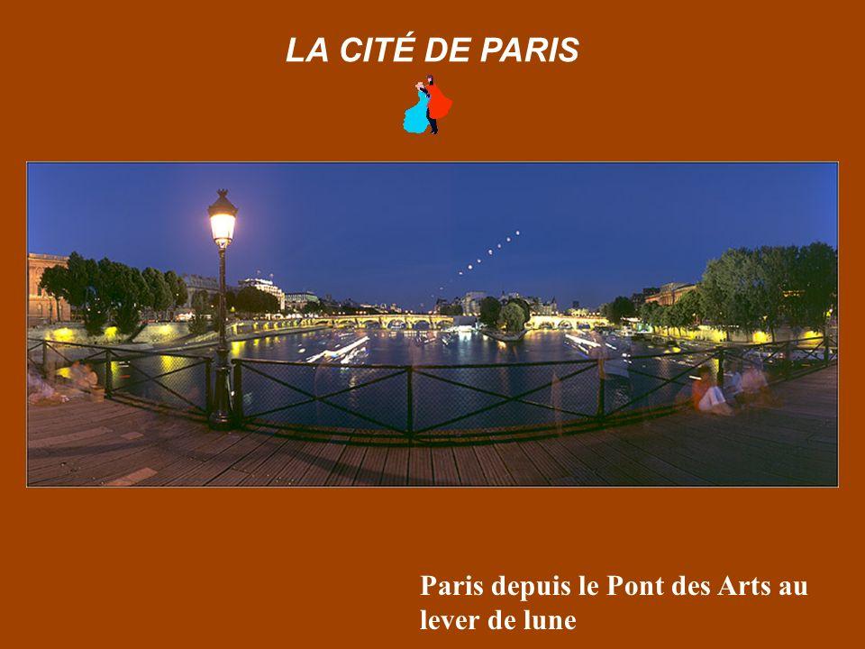 La Conciergerie et la place du Châtelet LA CITÉ DE PARIS