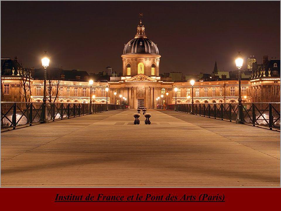 Façade de l'Opéra de Paris