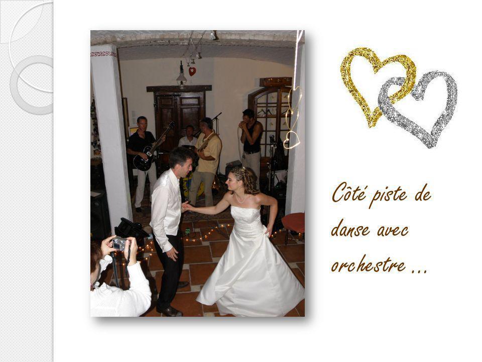 Elodie et Sylvain juin 2009 Pièce montée et dragées …