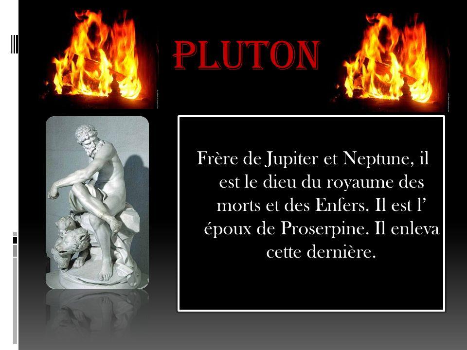 Vulcain Il est le dieu du feu, du métal et lépoux de Venus.