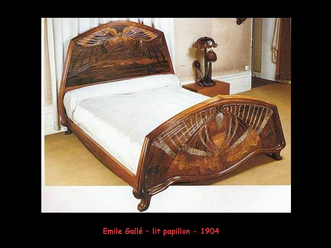 Emile Gallé – Buffet - 1896