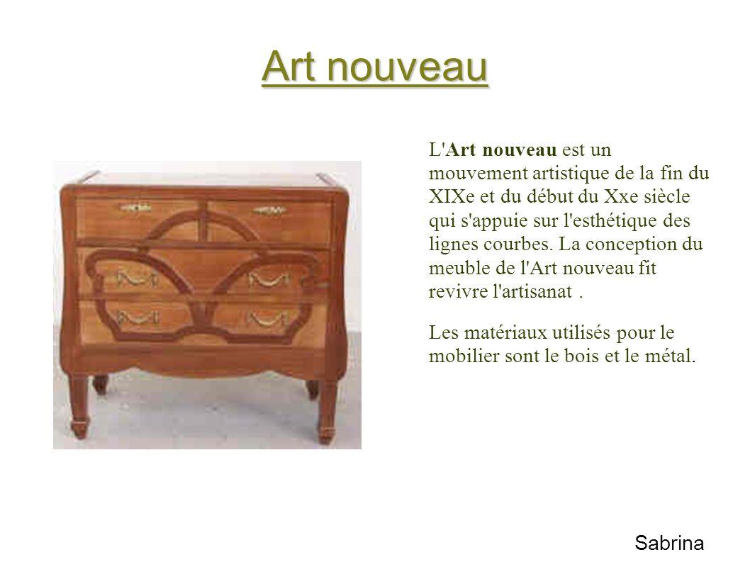 Art nouveau L'Art nouveau est un mouvement artistique de la fin du XIXe et du début du Xxe siècle qui s'appuie sur l'esthétique des lignes courbes. La