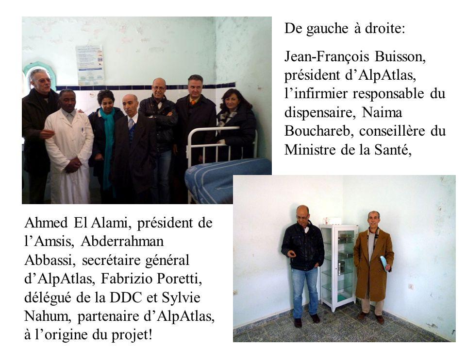 Naima Bouchareb, conseillère du Ministre de la Santé, avec léquipe dAlAnqae, notre partenaire à Khénifra, qui a pris en charge toute lorganisation de la manifestation.