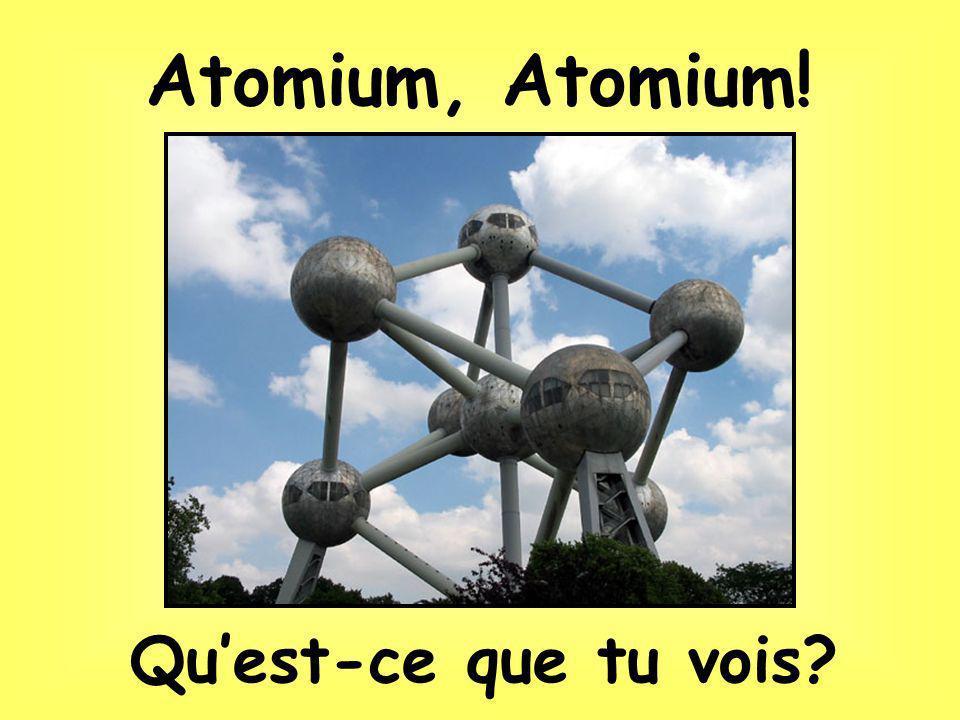 Construit pour une expoosition mondiale en 1958, avec ses 9 boules, latomium représente latom dun crystal de fer.