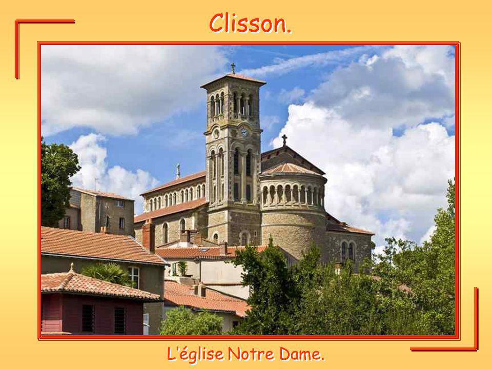 Clisson. Léglise Notre Dame.