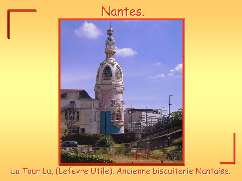 Nantes. La Tour Lu, (Lefevre Utile). Ancienne biscuiterie Nantaise.