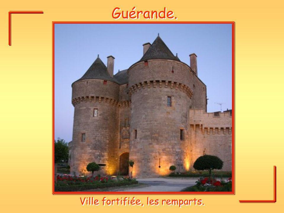 Guérande. Ville fortifiée, les remparts.