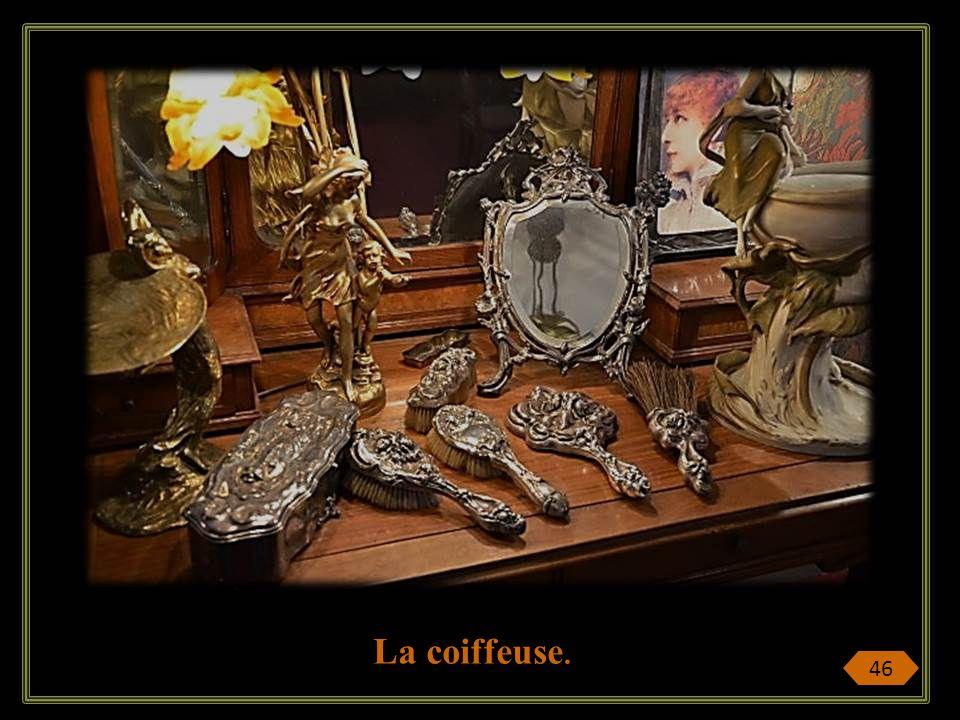 Quand lappartement d Irma de Montigny devient un musée Pierre Cardin est grand collectionneur de lArt Nouveau, imagine lappartement de la demi- mondai