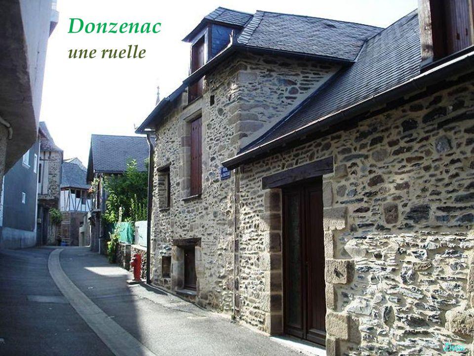Allassac village de Gauch La chapelle Saint-Roch,. XVIe et XIXe siècles