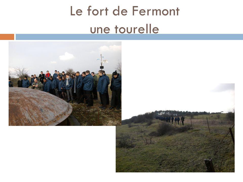 Le fort de Fermont une tourelle