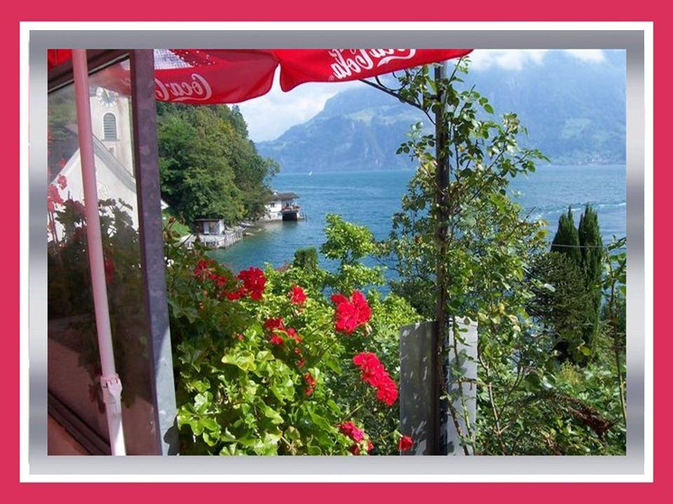 L'endroit est idyllique: dans une crique du Lac des Quatre-Cantons, le petit village de Bauen (Uri) rassemble 180 habitants dans un paysage respirant