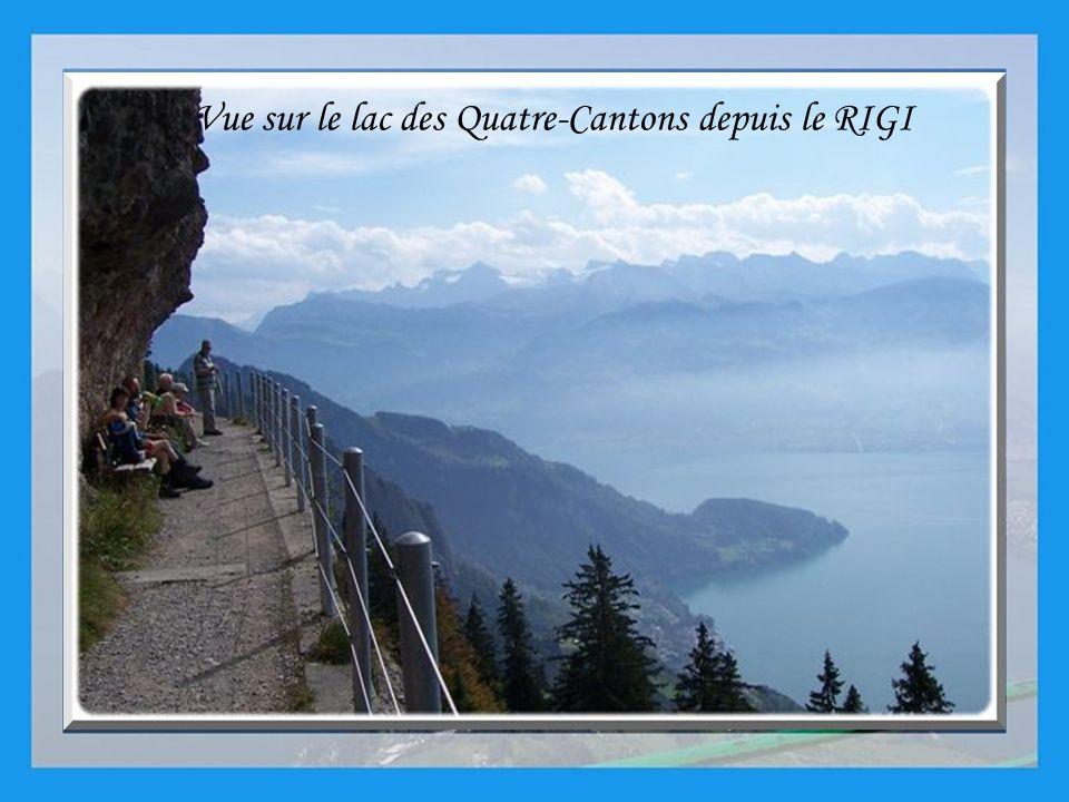Vue sur le lac des Quatre-Cantons depuis le RIGI