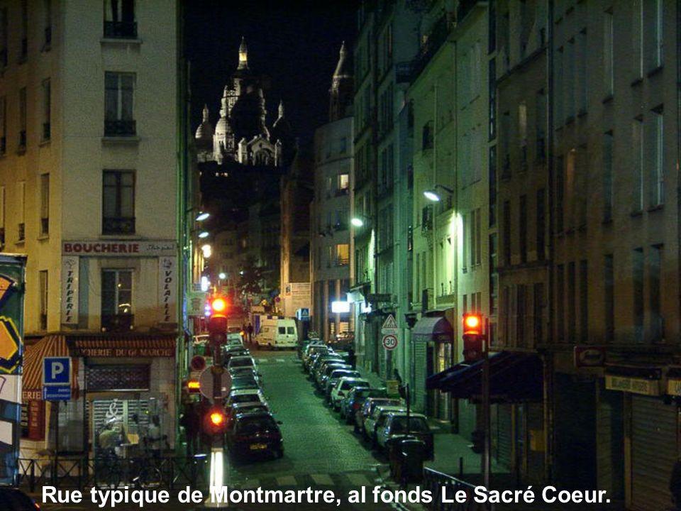 Rue typique de Montmartre
