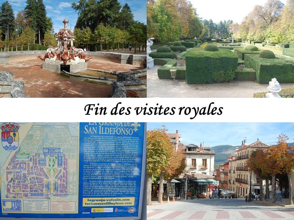 Les jardins furent créés par larchitecte français René Carlier.