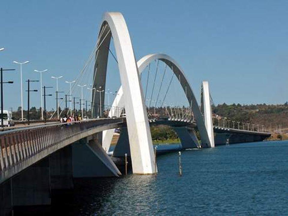 9 Cest le plus long pont traversant la mer dans le monde ( 36 km) www.srbnetoperacije.allalla.com - Pps spotovi za download -