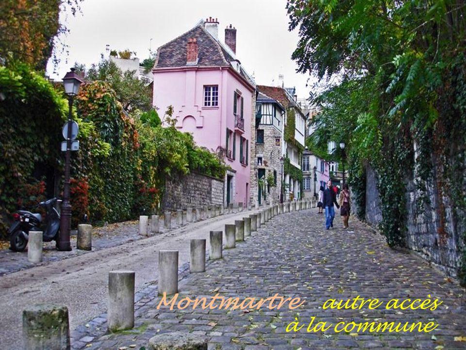 Rue piétonne Montmartre Escaliers
