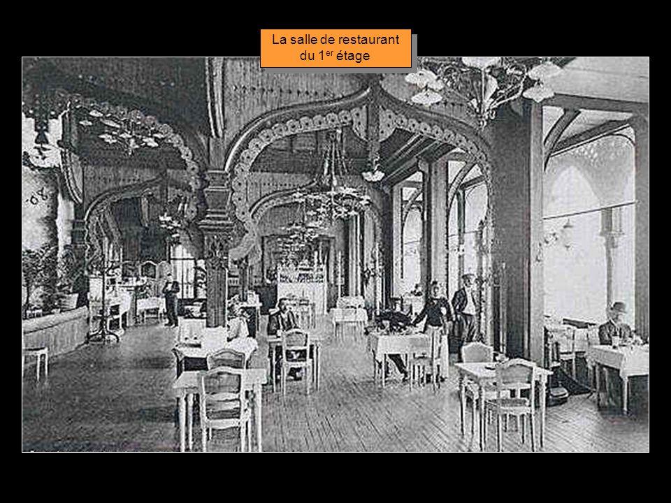 Décoration du 1er étage en 1900.