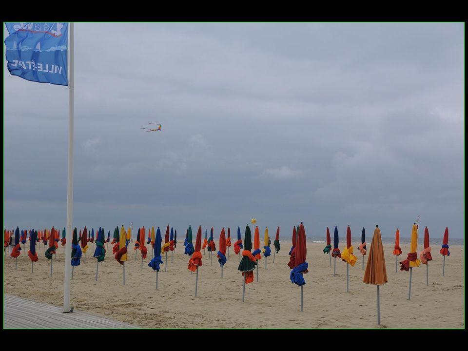 Claude Lelouch a contribué à la renommée mondiale de la plage en y filmant « Un homme et une femme »