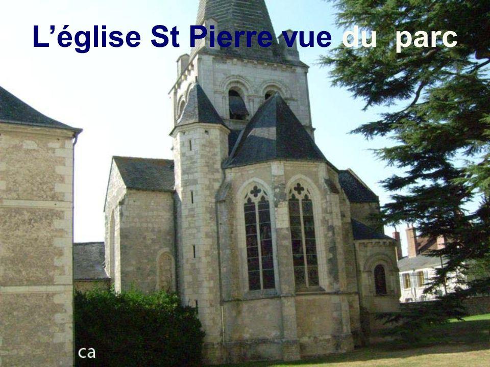La chapelle depuis la cour intérieure