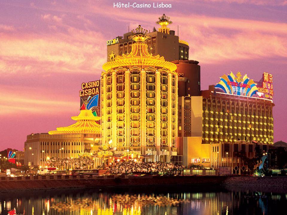 Hòtel-Casino Sands et le Dock des Pêcheurs