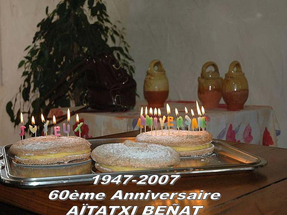 ANNIVERSAIRE LE 24 Février 2007 Restaurant Mendi-alde à Osses 1947-2007 Voici 60 ans déjà que je suis né à Hendaye (le 22/01/1947) au Bas-quartier, le jour de la Bixintxo, rue du Lavoir, maison Mujica, Située au pied de l église St Vincent.